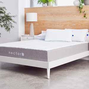 Nectar Queen Mattress + 2 Pillows Included Gel Memory Foam